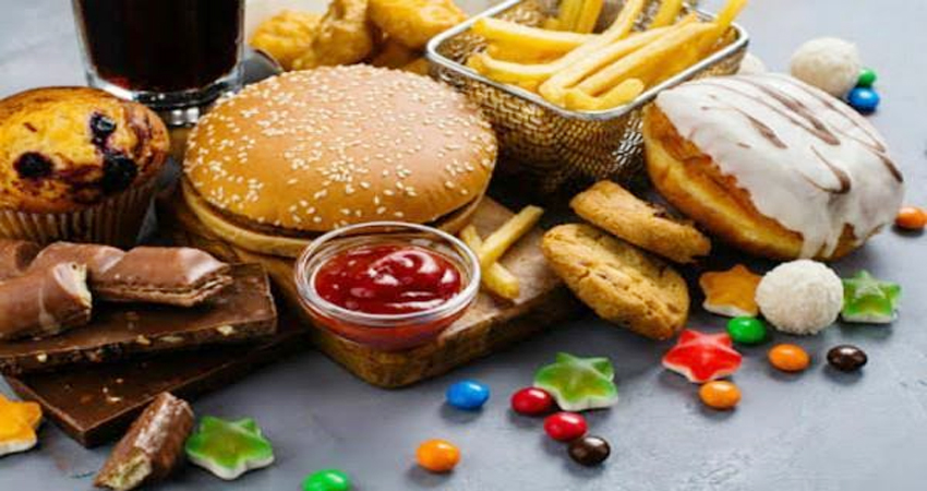 सीएसई रिपोर्ट : जंक फूड का स्वाद, सेहत पर पड़ रहा भारी