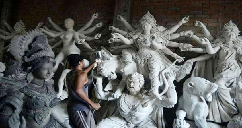 यहां बनती है दुनिया की सबसे अधिक दुर्गा प्रतिमाएं