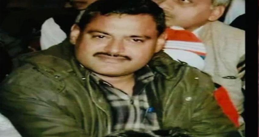 कानपुर: यूपी पुलिस ने हिस्ट्रीशीटर विकास दुबे के पुश्तैनी घर पर की छापेमारी