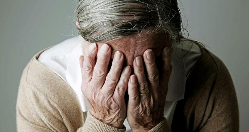 जीवन की संध्या में : बुजुर्गों के प्रति बेरहम भारत की कलयुगी संतानें कर रहीं अत्याचार