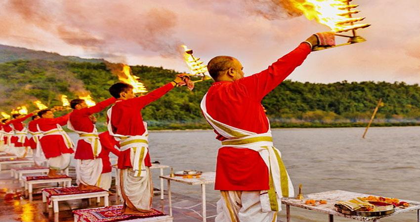 गंगा दशहरा 2019: ये है गंगा की पूजा का सही मुहूर्त, ऐसे पूजा करने से होगी सभी मनोकामनाएं पूरी
