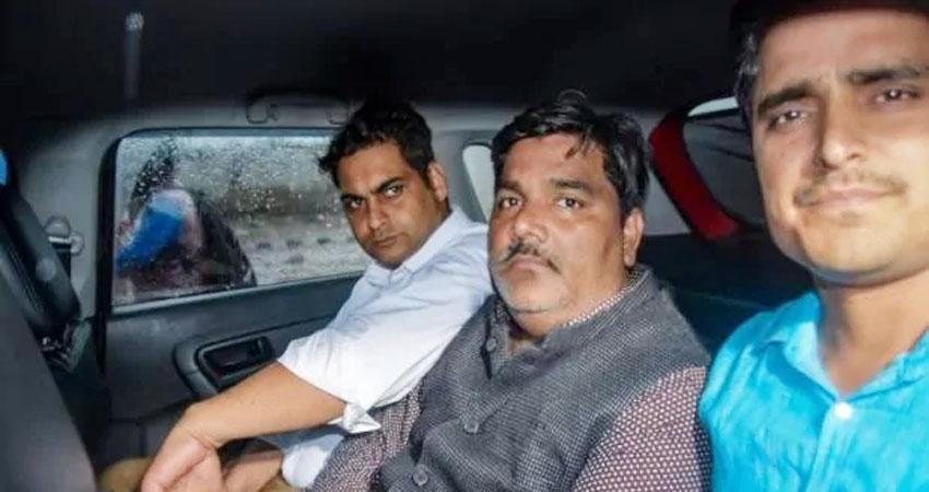 Delhi Violence: दिल्ली पुलिस ने दायर की चार्जशीट, ताहिर हुसैन को बताया मास्टरमाइंड