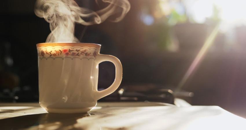 Winters में पिएं इन 5 हेल्दी चीजों से बनी चाय, एनर्जी देने के साथ करेंगी बहुत फायदा