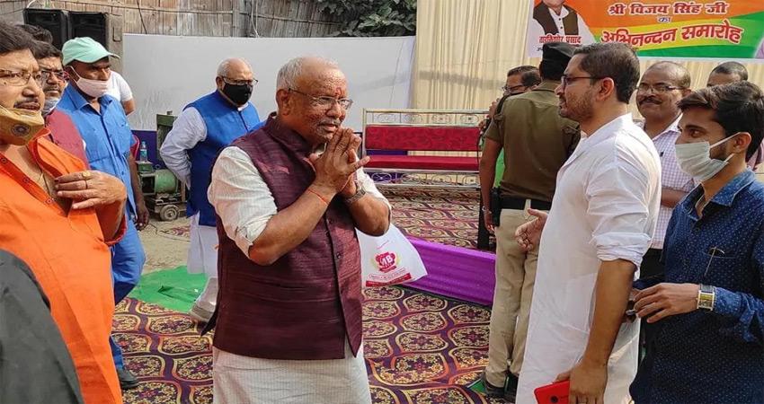 बिहार में सियासी पारा तेज, डिप्टी सीएम तारकिशोर प्रसाद से मिले राजद के 3 विधायक