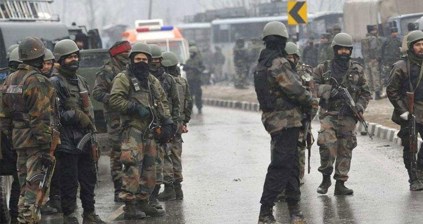 J&K : LoC पर पाक ने की फायरिंग, एक जवान शहीद, कश्मीर में 3 जगह मुठभेड़