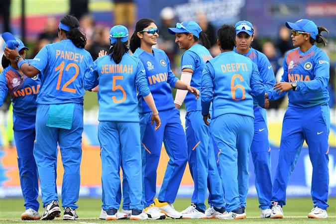ICC महिला टी20 विश्व कप: न्यूजीलैंड पर धमाकेदार जीत के साथ भारत सेमीफाइनल में