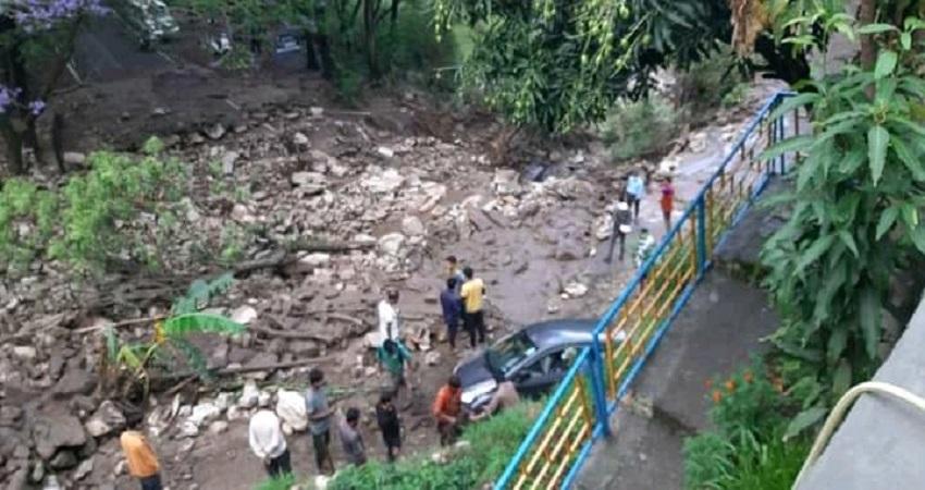 उत्तराखंड: बैंग्वाड़ी में बादल फटने से मची तबाही, पौड़ी-श्रीनगर मोटर मार्ग बंद