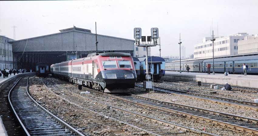 दिवाली और छठ के लिए रेलवे ने स्पेशल ट्रेनों का किया ऐलान, जानें इनके शेड्यूल