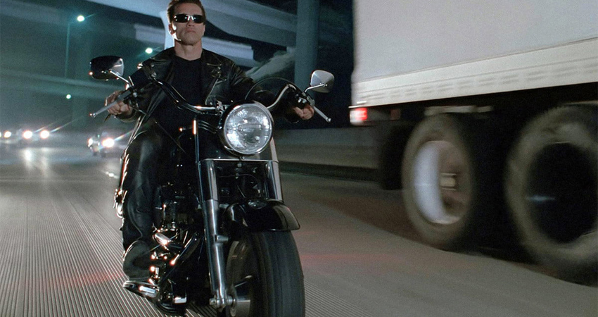 फिल्म टर्मिनेटर 2 में इस्तेमाल हुई harley davidson बाइक की हुई नीलामी, 3.3 करोड़ में बिकी