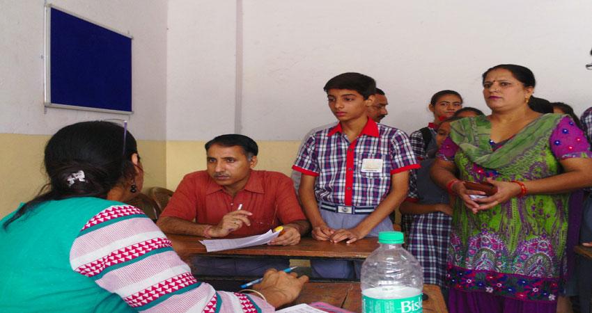 अनलॉक 1.0ः स्कूलों को फिर से खोलने की योजना से अभिभावकों की चिंता बढ़ी