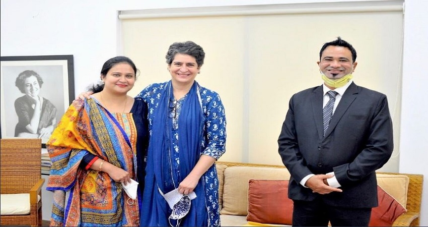 प्रियंका गांधी वाड्रा से परिवार संग मिले डॉ. कफील खान, दिया धन्यवाद पत्र