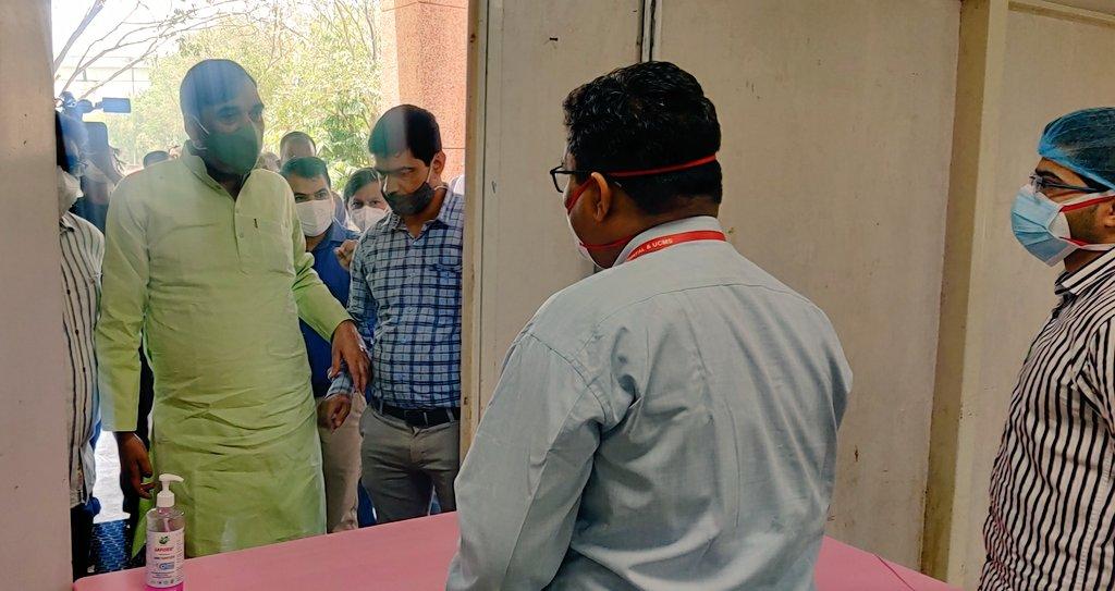 गोपाल राय ने अंबेडकर काॅलेज में 100 बेड के कोविड केयर सेंटर का किया उद्घाटन, कही ये बात
