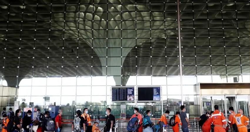 वित्त मंत्रालय और नीती आयोग ने अदानी के 6 हवाई अड्डों की सफाई से पहले उठाए लाल झंडे