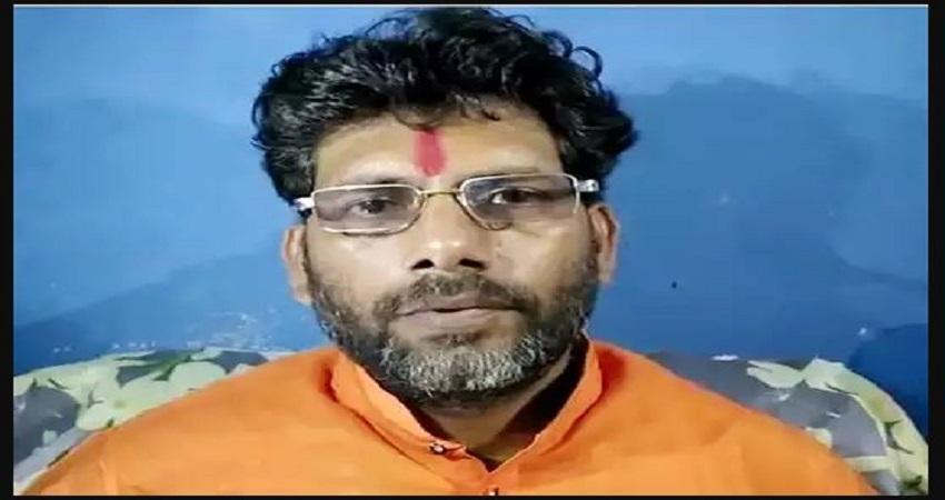 हाथरस केसः विश्व हिंदू सेना का ऐलान, ''बलात्कारियों के गुप्तांग काटकर लाओ, मैं 25 लाख नकद दूंगा''