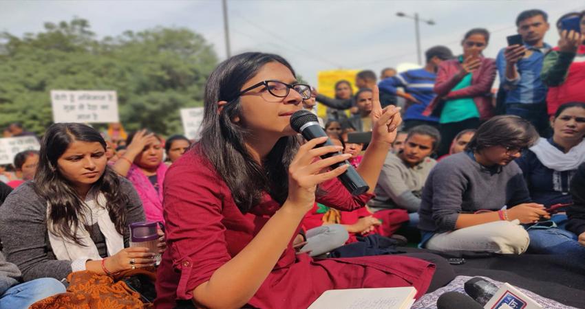 राजघाट पर उमड़े जन सैलाब से मालीवाल के हौंसले बुलंद, कहा- फांसी की मांग हो पूरी तभी...