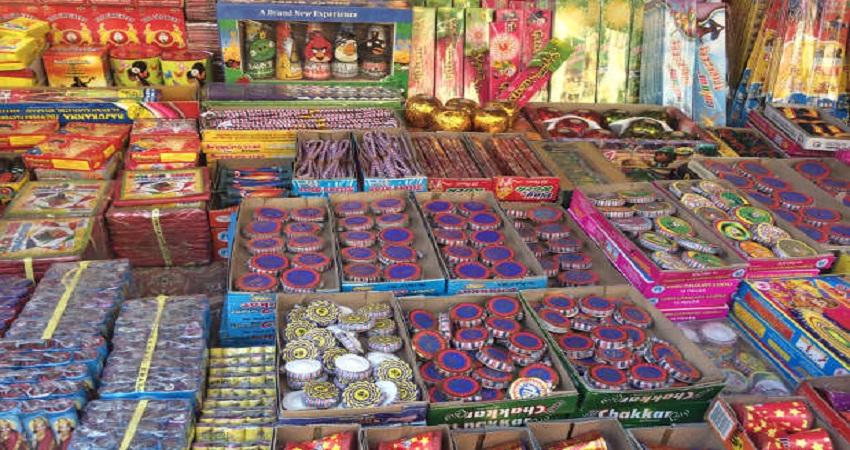 उत्तराखंड सरकार ने पटाखों को लेकर जारी किए दिशा-निर्देश, इन शहरों में जला सकेंगे ग्रीन क्रैकर्स