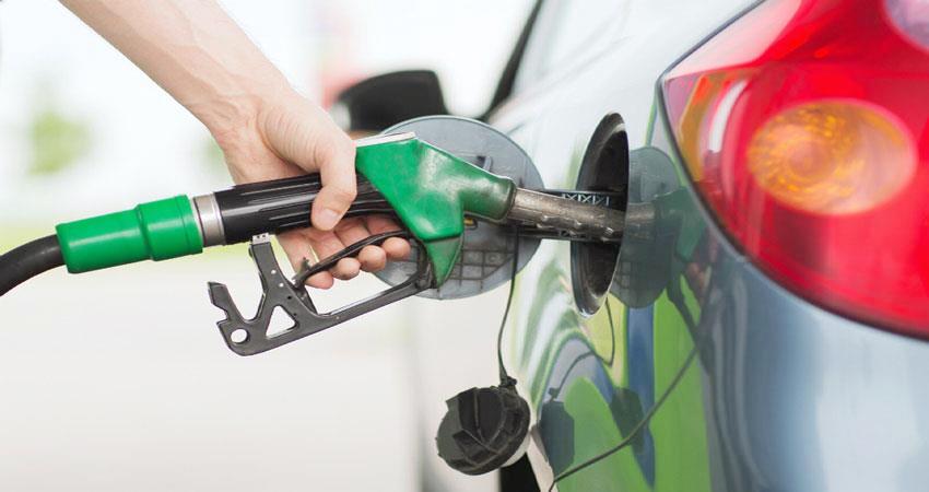 देश में लगातार चौथे महीने बढ़ी ईंधन की मांग, कीमत में भी आई उछाल