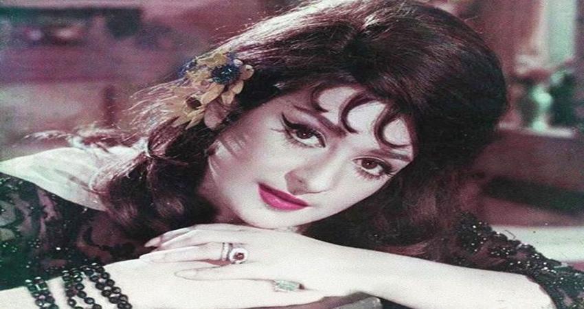 B''day Special: बचपन से दीवानी रही सायरा ने 22 साल बड़े दिलीप कुमार से की थी शादी