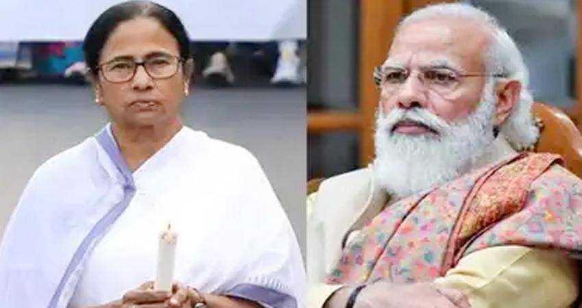 PM मोदी के बांग्लादेश दौरे पर CM ममता हमलावर हुईं, शिकायत लेकर EC पहुंची