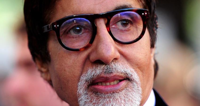 आंख ठीक होते ही कोविड-19 रोधी टीका लगवा सकते हैं अमिताभ बच्चन
