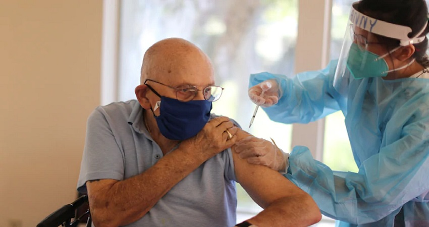 सरकार ने मीडिया की खबरों पर दी प्रतिक्रिया, जून में 12 करोड़ टीके देने के वादे को बताया गलत