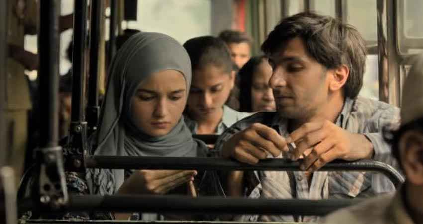 ''गली बॉय'' ने एशियाई अकादमी क्रिएटिव अवार्ड में ''सर्वश्रेष्ठ फीचर फिल्म'' का पुरस्कार किया हासिल