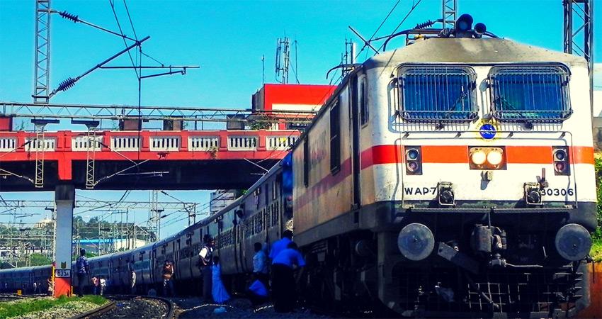 कोरोना कहर के बीच भारतीय रेलवे सतर्क, बोर्ड अध्यक्ष ने रुख किया साफ