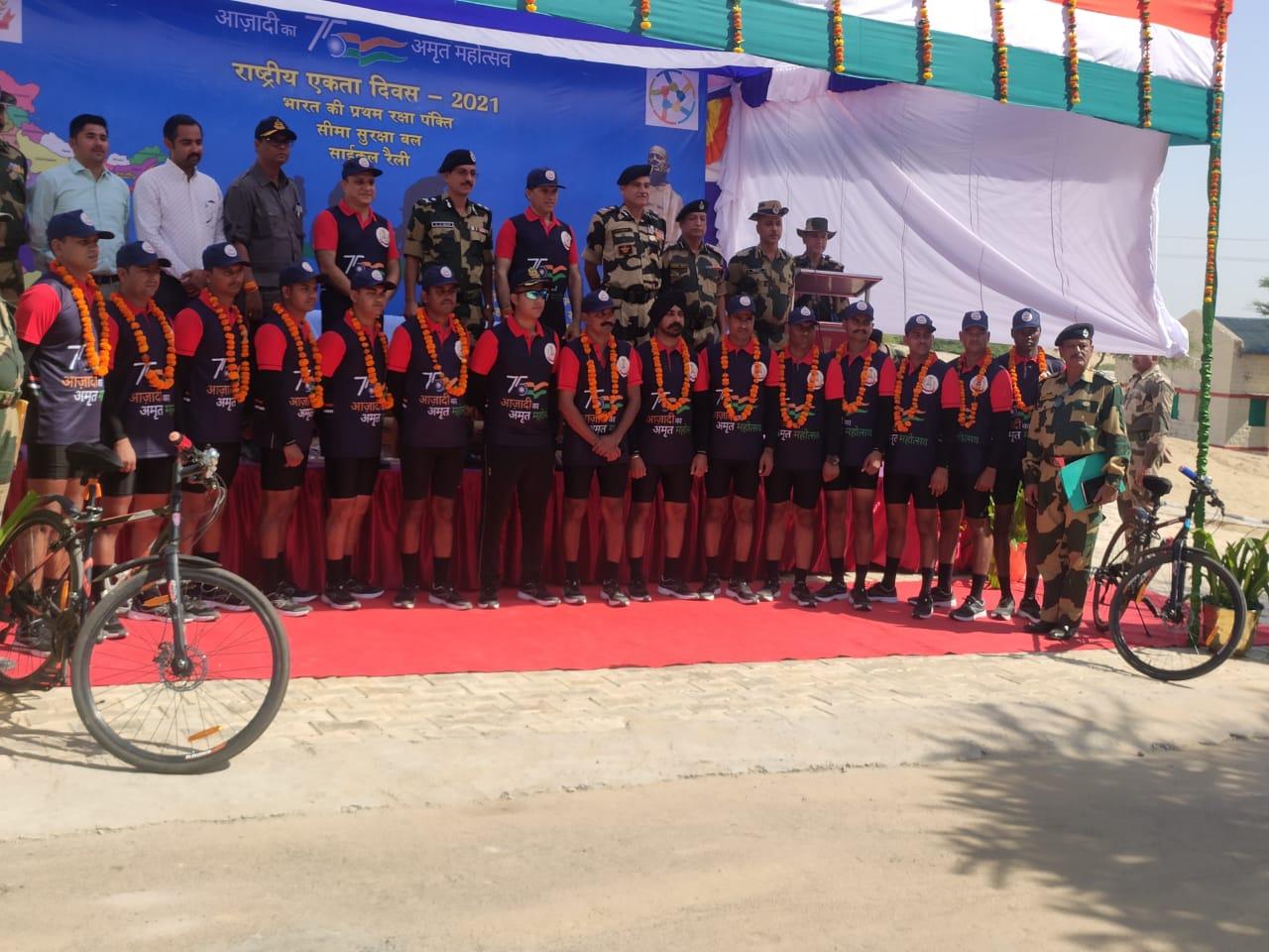 आजादी का अमृत महोत्सव के तहत रेथनवाला से केवड़िया आज रवाना हुई साइकिल रैली