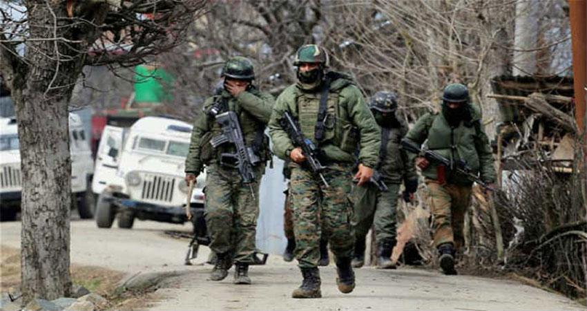 जम्मू-कश्मीर: किश्तवाड़ में सेना ने किया आतंकी ठिकाने का भंडाफोड़