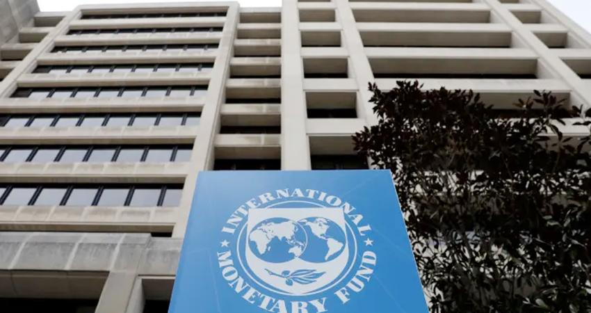 महिलाओं की अपार क्षमताओं और सशक्तीकरण पर बोला IMF, कहा- आर्थिक विकास के लिए है लाभकारी