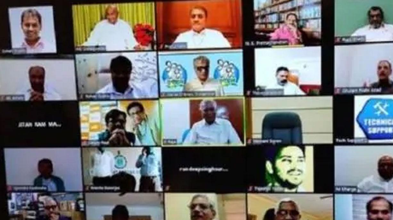 विपक्ष की बैठक में सोनिया गांधी बोलीं- क्रूर मजाक है 20 लाख करोड़ का पैकेज