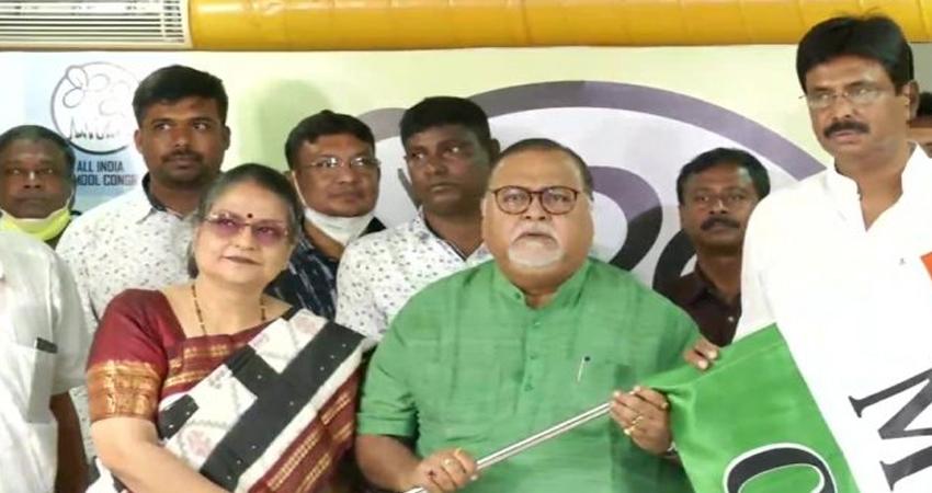 बंगाल में BJP को लगातार दूसरे दिन झटका, एक और विधायक टीएमसी में शामिल