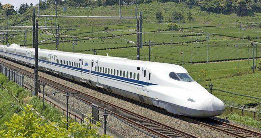 चीन ने बढ़ाई भारत की चिंता, तिब्बत को बुलेट ट्रेन से जोड़ेगा