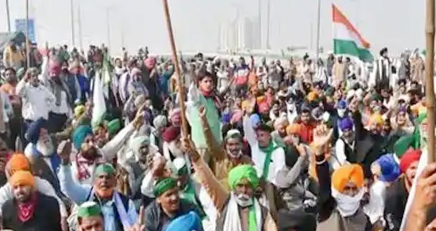 कुरुक्षेत्र में JJP के एक आयोजन के दौरान किसानों ने किया प्रदर्शन, बड़ी संख्या में पुलिसकर्मी तैनात