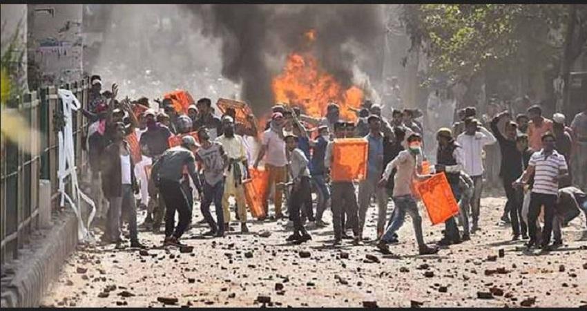 दिल्ली के दंगो का निजामुद्दीन मरकज से निकला कनेक्शन, मौलाना साद का मैनेजर और फैजल फारूख के बीच संबध