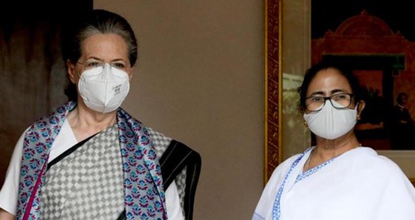 सोनिया से मुलाकात के बाद ममता बोलीं - भाजपा को हराने के लिए सबका एक होना जरूरी