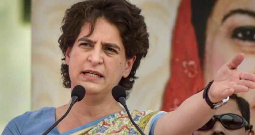 प्रियंका गांधी बोलीं- खनन माफिया के लिए चलाई जा रही है यूपी की योगी सरकार