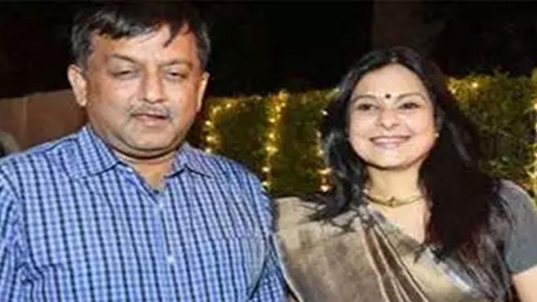 कांग्रेस नेता को मालिनी अवस्थी ने दी चेतावनी, बोलीं- मेरे पति की मिसाल देता है पूरा यूपी