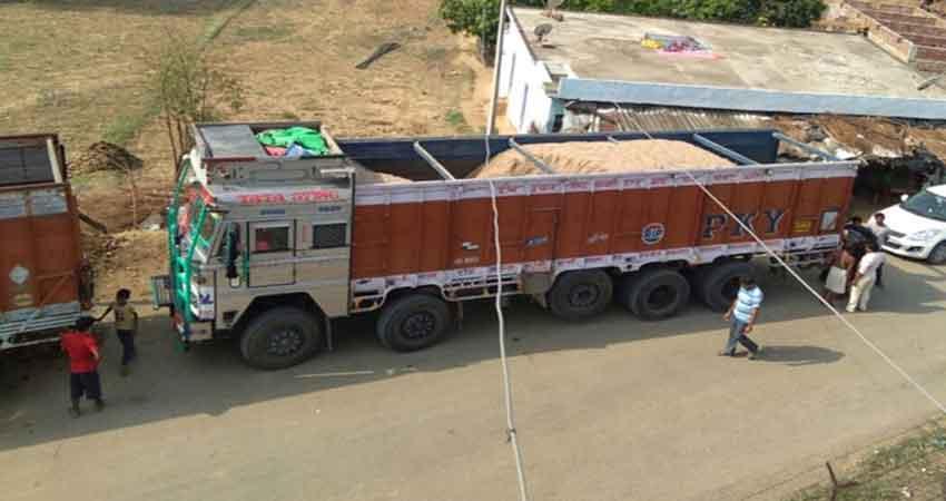 उधमपुर में 600 किलोग्राम खस खस का डंठल बरामद, एक गिरफ्तार