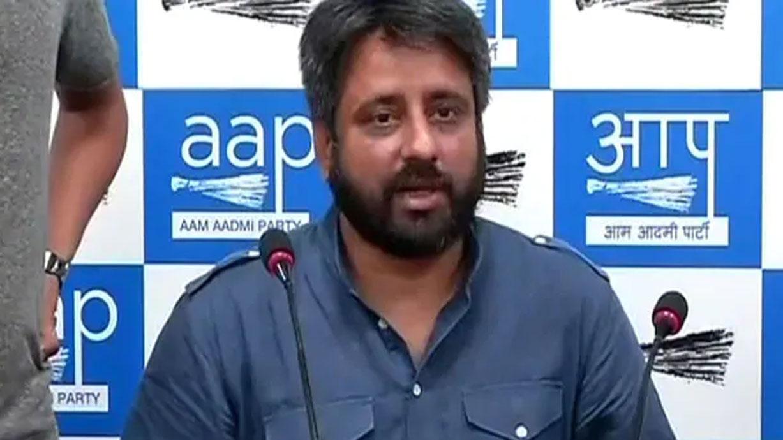 मौलाना साद के समर्थन में उतरे AAP विधायक ने नकवी, आरिफ खां को बताया 'दलाल'