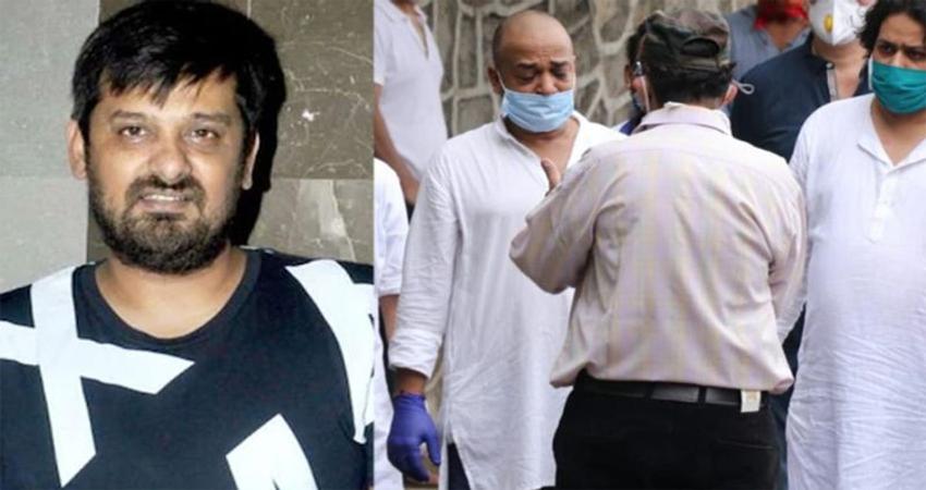 सोशल मीडिया पर जमकर वायरल हो रही हैं वाजिद खान के अंतिम संस्कार की तस्वीरें, नहीं दिखे सलमान