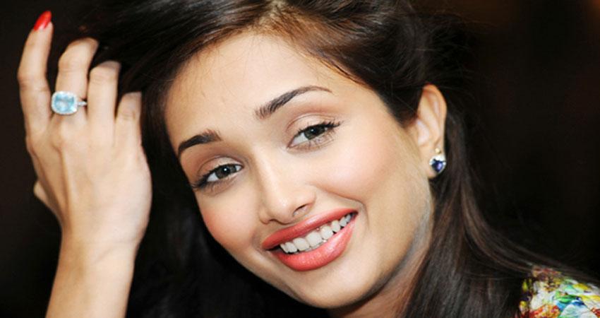 B''day Special: जिया खान ने माइनर ऐज में कराया था अबॉर्शन, पढे़ं उनसे जुड़ी बातें
