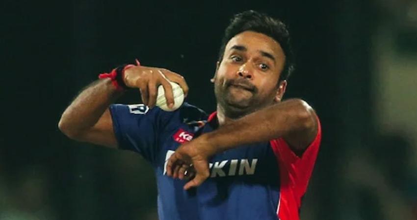 दिल्ली कैपिटल्स को लगा करारा झटका, स्पिनर अमित मिश्रा IPL से बाहर