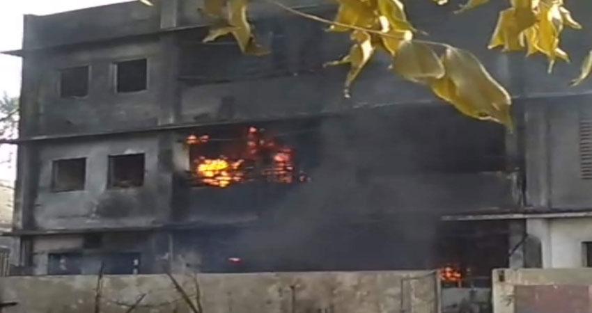 मुंबई के बदलापुर केमिकल फैक्ट्री में लगी भीषण आग, 9 लोगों की मौत