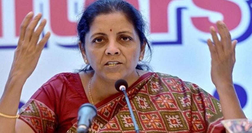 निर्मला सीतारमण ने किया साफ- सरकार की घोषित विनिवेश योजना पटरी पर है