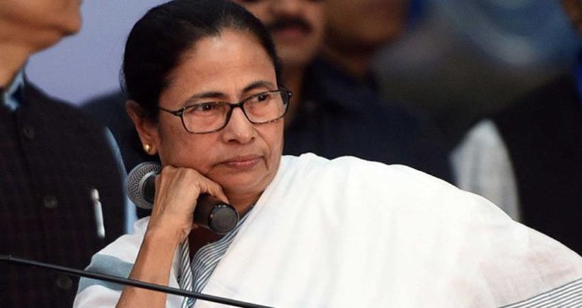 ममता बनर्जी ने EVM के स्थान पर मतपत्र वापस लाने की मांग की