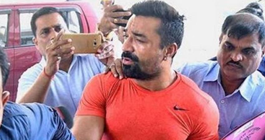एजाज खान को ड्रग्स मामले में नारकोटिक्स कंट्रोल ब्यूरो ने लिया हिरासत में