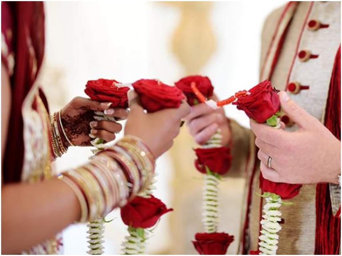 शादीशुदा ने खुद को अविवाहित व न्यूजीलैंड में कार्यरत बताकर की रचाई शादी