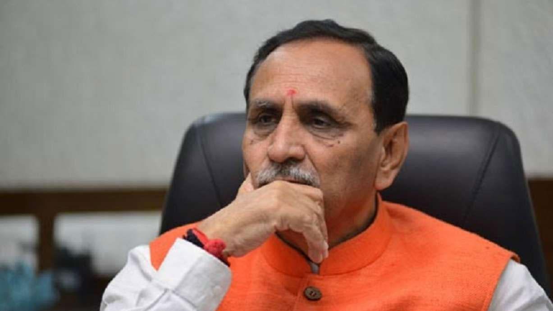 मरीज देवराम को लेकर अहमदाबाद अस्पताल की किरकिरी, कुमार विश्वास ने CM रुपानी पर दागा सवाल