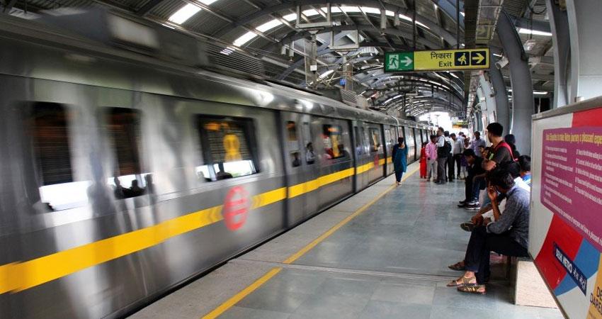 होली के मौके पर दोपहर बाद चलेगी दिल्ली मेट्रो और फीडर बस सेवा